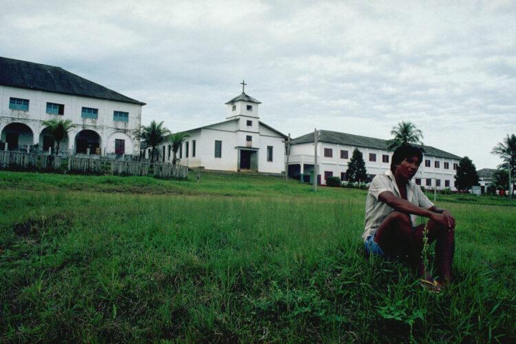 Missionær i regnskoven